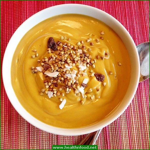 Pumpkin Smoothie Bowl for Breakfast