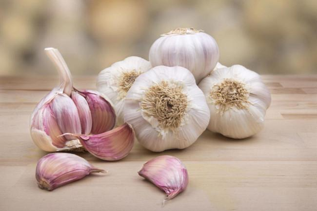 Benefits of Eating Raw Garlic for Men - Ph of Garlic