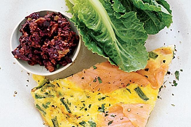 Low-Fat Frittata with Smoked Salmon and Scallions